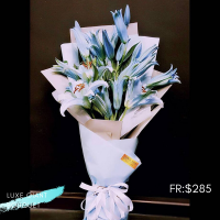 $285 Personalized Luxury Giant Bouquet 사랑해