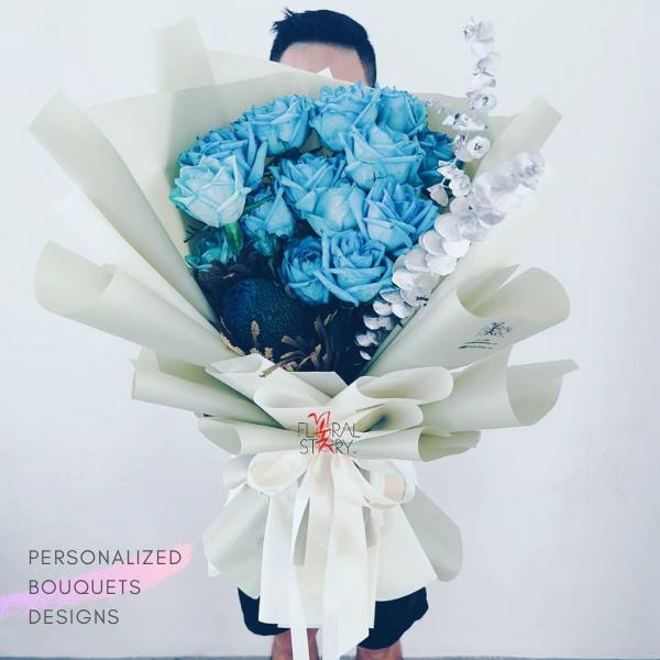 $150 Personalized Bouquet Blue 사랑해